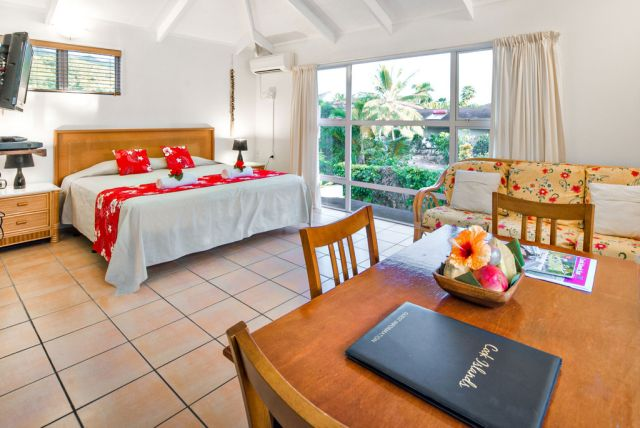 The Cooks Oasis Upstairs 1 Bedroom Tropical Villa