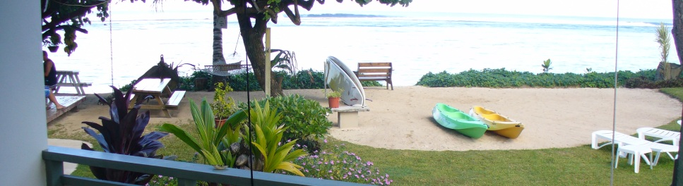Aroa Beachside Inn Balony